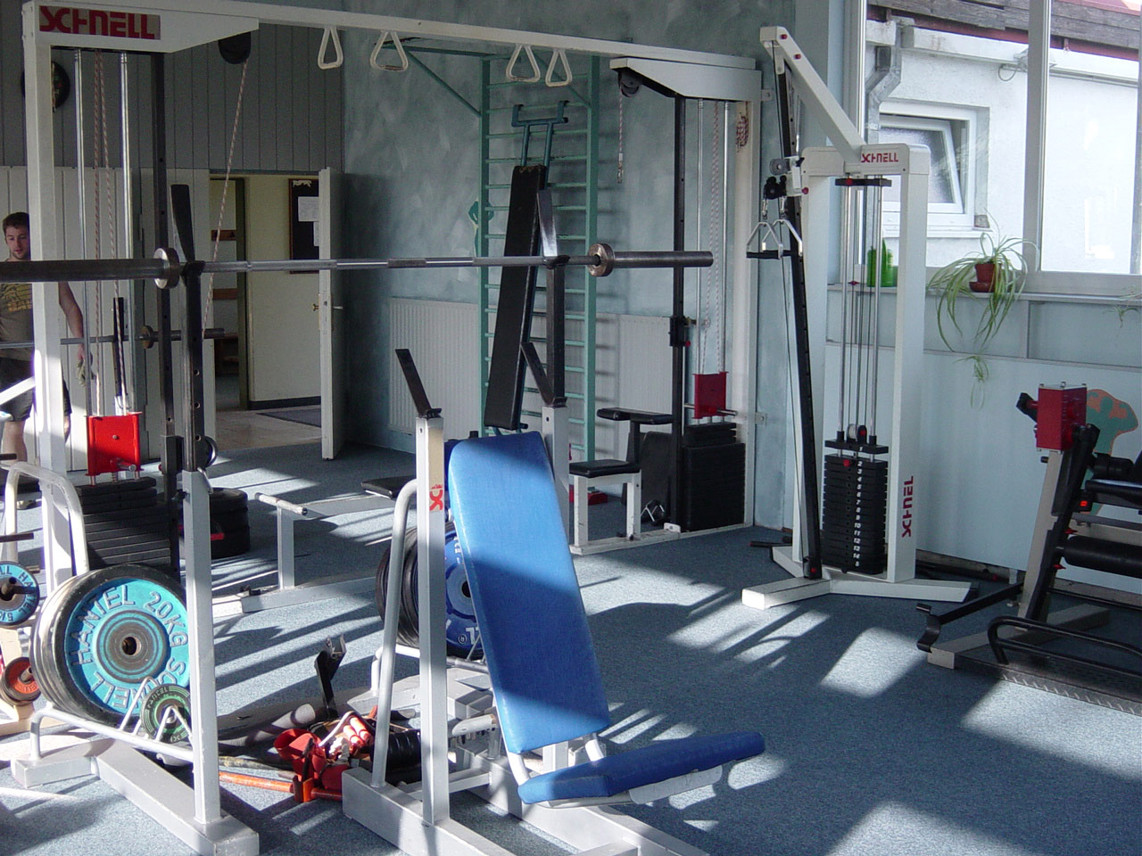 aco-fitnessraum-02