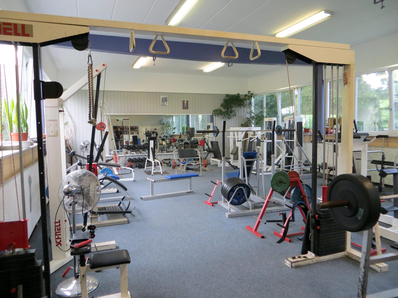 aco-fitnessraum-03